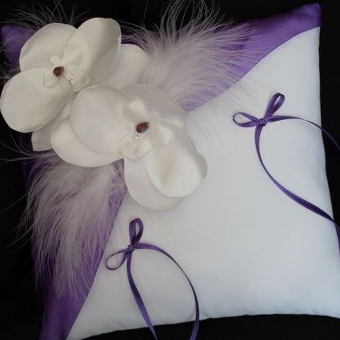 "Coussin ""ORCHIDEE"" violet"